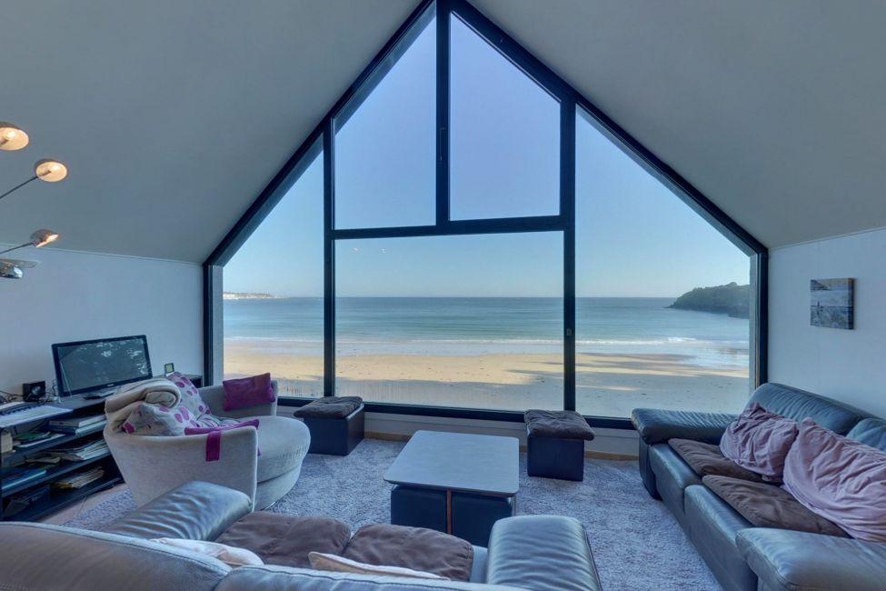 Villa luxe bord de mer.