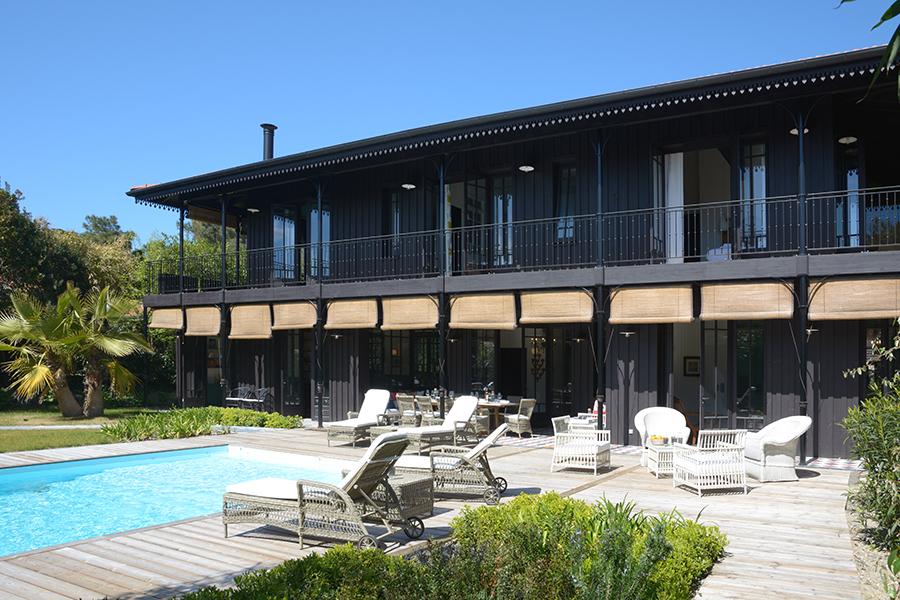 Appartements haute gamme avec piscine.